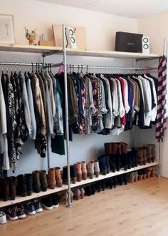 30 Gorgeous Open Storage Room Concepts For Innovative Residence - Claire C. - Nathalie Pinsdorf - 30 Gorgeous Open Storage Room Concepts For Innovative Residence - Claire C. 30 Gorgeous Open Storage Room Concepts For Innovative Residence - - Bedroom Closet Design, Closet Designs, Bedroom Decor, Bedroom Ideas, Closet Rooms, Open Closets, Open Wardrobes, Closet Space, Spare Room Closet