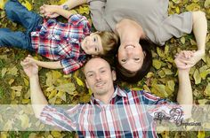 Fall Family Photo in the Leaves