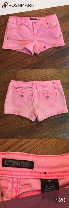 ZD Brand Pink Shorts size: 7 brand: ZD color(s): pink cotton material, not stretchy perfect condition, no flaws DZ Shorts