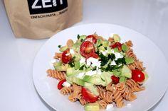Lupinen Avocado Pasta - mit Feta Fusilli, Pasta Salad, Cobb Salad, Feta, Low Carb, Ethnic Recipes, Texas Bluebonnets, Healthy Food Recipes, Health