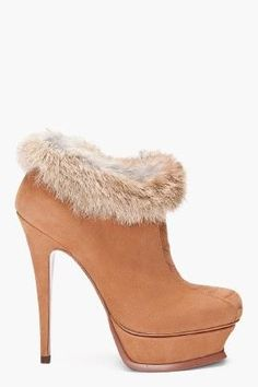Warm and sessy ankle boots...