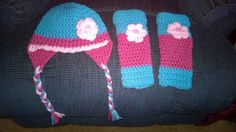 Baby hat and leg warmers handmade crocheted to fit by darstar5, $19.00