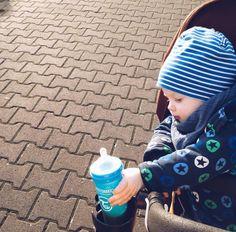 Perfect time for a walk! #twistshake #babies #twistshakecookiecrumb #easy #parenting
