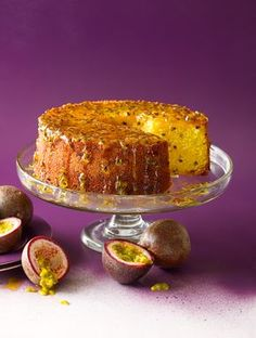 Brazilian passionfruit cake (bolo de maracujá) I think I'll put some chantilly on top or inside. Why not a bundt cake? Passion Fruit Cake, Fruit Pie, Fruit Cakes, Passionfruit Recipes, Cake Recipes, Dessert Recipes, Sbs Food, Best Fruits, Let Them Eat Cake