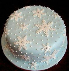 England in a Cup Christmas Cake Designs, Christmas Cake Decorations, Christmas Cupcakes, Holiday Cakes, Christmas Desserts, Christmas Treats, Xmas Cakes, Xmas Food, Christmas Cooking