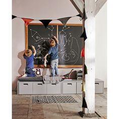 Buy the Industrial Kids Locker Storage Bench in Hertog Grey by Woood today! Kids Storage Bench, Locker Storage, Toy Storage, Storage Ideas, Kids Corner, Creative Kids Rooms, Banquette, White Rooms, Kid Spaces