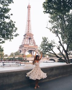 Mimi Ikonn in the Wilfred Beaune Dress Pretty Pictures, All Pictures, Travel Pictures, Pretty Pics, Travel Pics, Senior Pictures, Atlantis Island, Mimi Ikonn, French Summer