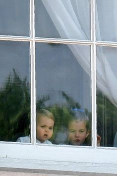 See pictures of Prince George, Princess Charlotte, and Prince Louis at Trooping the Colour 2019 in London, including their appearance on the Buckingham Palace Balcony with Kate Middleton and Prince William. Prince And Princess, Princess Kate, Princess Charlotte, Prince William Family, Prince William And Kate, William Kate, Kate Middleton, Trooping The Colour, Prince George Alexander Louis