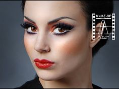 École de maquillage / Makeup school : http://www.ateliermaquillage.com/ Produits de maquillage / Makeup products : http://makeupatelier.fr/ École de maquilla...