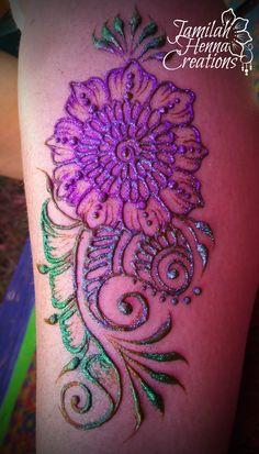 Flower paisley leg henna www.jamilahhennacreations.com