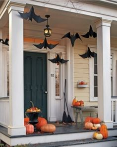 HALLOWEEN: However large or small your entrance porch, copy this idea and get everyone in the mood before they even cross the threshold!