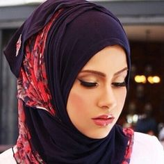EID COLLECTION :  Two tone AJMAAN pin free hijab ******************************* Colour: Navy blue With floral net in poppy red and blue Cost : £15 plus postage  Ways to order:  DM Instagram: www.instagram.com/souk_alriyadh DM Facebook: www.facebook.com/soukalriyadh Whatsapp: +44 7807640424 Email: info@soukalriyadh.co.uk ***************************************************** #ajmaan #ajmaanuk #hijab #hijabstyle #hijabers #hijabmuslim #muslimhijab #hijabfashion #hijabs #hijabis #modesty…