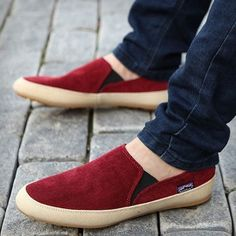 KANVAST - Available in Red, Brown, Blue or Green. Priced at $55 and includes Free Worldwide Delivery at www.kickslogix.com.