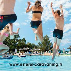 Venez à L'Esterel Caravaning. C'est au cœur de la pinède provençale, dans un cadre verdoyant et fleuri que l'on vous invite à venir profiter de vos vacances à Saint-Raphaël Fréjus, sur la Côte d'Azur. Sur Yesicamp.com.