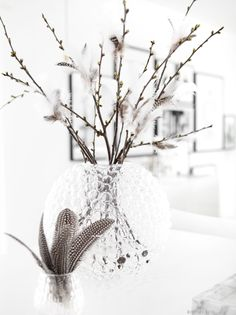 Easter Home Decoration - Inspiration / Easter / Decoration / Easter . - Easter Home Decoration – Inspiration / Easter / Decoration / Easter Decoration / Easter / Easter - Easter Table Decorations, Easter Centerpiece, Easter Decor, Ideas Prácticas, Decoration Inspiration, Easter Celebration, Easter Holidays, Easter Crafts For Kids, Easter Party