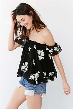 BB Dakota Penelope Top - Urban Outfitters