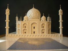 35 of the Most Amazing Lego Model Creations. Did you know a solitary LEGO block can bolster other LEGO blocks before clasping? Mosaico Lego, Lego Mosaic, Lego Sculptures, Lego Store, Famous Artwork, Cool Lego Creations, Lego Architecture, Lego Design, Houses