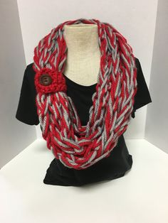 Kay's Crochet Bulky Rope Scarf In Ohio State Colors OSU Buckeyes Red Grey with button. Made with 2 skeins of super soft yarn and finished with a wood button. Each scarf is made to order so no two scar Finger Knitting, Arm Knitting, Crochet Scarves, Knit Crochet, Knitting Scarves, Ohio State Colors, Red And Grey, Knitting Designs, Knit Patterns