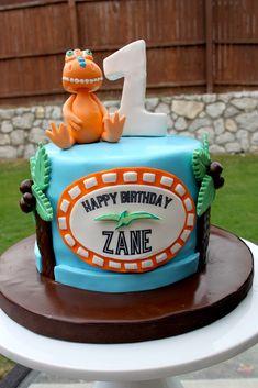 Birthday cake dinosaur train