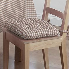 Pair of Gingham Check Seat Pads - Bring the country style into your home with these cheerful, gingham seat pads. #Home #Kitchen #Style #Kaleidoscope