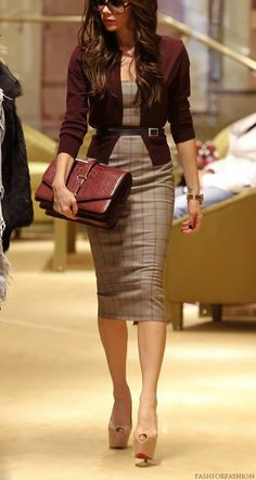 Victoria Beckham- very classy and sexy http://www.fashforfashion.com | Celebrity Style