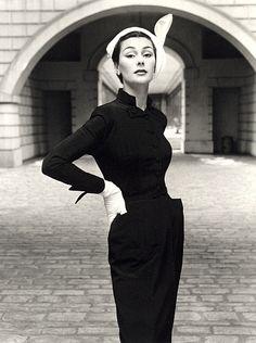 LISA BYRD THOMAS - Hip Fashion Stylist: 50's 60's Fashion Photographer - John French