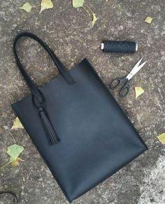 Leather handmade bag  33×29×8 80$