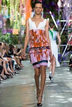 Christian Dior Spring 2014 Ready-to-Wear Fashion Show - Simone Carvalho (NATHALIE)