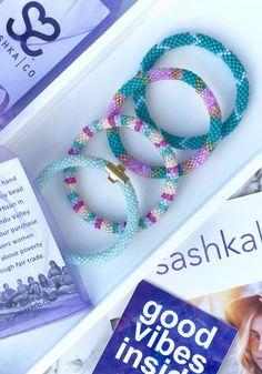 Diy Friendship Bracelets Patterns, Handmade Bracelets, Handmade Jewelry, Beaded Jewelry, Beaded Bracelets, Cute Bracelets, Bead Crochet, Crochet Bracelet, Bracelet Tutorial