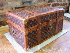 Louis Vuitton Trunk CAKE! I cannot believe this is actually a cake!