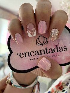 Discover the 10 most popular nail polish colors of all time! - My Nails Cute Acrylic Nails, Gel Nails, Nail Polish, Fire Nails, Rose Gold Nails, Nail Art Designs, Nail Design, Perfect Nails, Nails Inspiration
