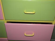 Fabulous dresser drawers. I love it.