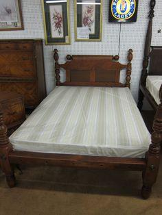 Antique Maple Dresser On Virginia House Maple Bedroom Set Full Bed Three Drawer Dresser
