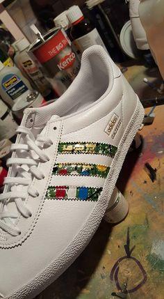 644cdecdd6ae  stoneroses  thestoneroses  adidas  manchester  christmas  gifts   handpainted  paint