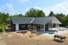 41912, Stendyssevej 11, Henneby, Henne Strand. New construction. Building houses, vacation homes for rent. Modern new house for vacation.
