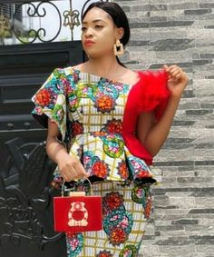 African Fashion Skirts, African Print Fashion, Africa Fashion, African Attire, African Wear, African Women, African Lace Styles, African Lace Dresses, African Blouses