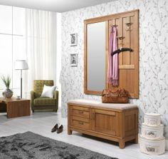 jasne ściany, drewniane meble