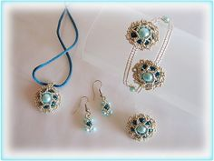Twisting flower set beading TUTORIAL by AsszaJewelrymania on Etsy, $5.00. This listing is for the Pdf tutorial only. The finished product is not included, there are no supplies included.