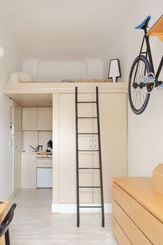 Kleine ruimte inrichten | Szymon Hanczwar | Slimme oplossingen | Woonideeën | Small appartement interior | Stek Woonmagazine