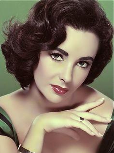 Elizabeth Taylor, one of my favorite women❤