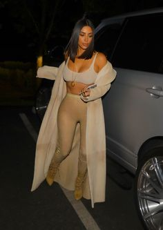 #KimKardashian, #Night, #Style Kim Kardashian Night Out Style - Arriving at La Scala Restaurant in LA – 04/19/2017 | Celebrity Uncensored! Read more: http://celxxx.com/2017/04/kim-kardashian-night-out-style-arriving-at-la-scala-restaurant-in-la-04192017/