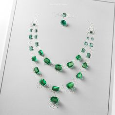 Discover the unique High Jewelry creations made by our Mains d'orTM, the master jewelers from Van Cleef & Arpels' workshops, Les Ateliers on Place Vendôme, Paris.