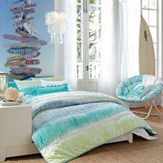 Beach theme teenage room
