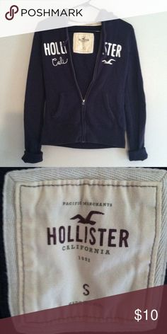 Hollister sweatshirt hoodie Small •Excellent used condition •Drawstring hood •Color:Navy •Brand:Hollister •Size: Small •NO TRADES Hollister Tops Sweatshirts & Hoodies