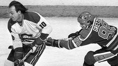 Wayne Gretzky hooking Guy Lafleur   Edmonton Oilers   Montreal Canadiens   NHL   Hockey