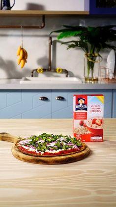 Deixe sua pizza mais nutritiva com essa massa deliciosa preparada com aveia e batata doce!