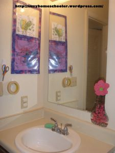 Kids' Art Studio (converted bathroom) from Suzy Homeschooler