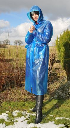 Blue Raincoat, Pvc Raincoat, Imper Pvc, Plastic Mac, Bronze, Rain Wear, Mannequin, Rain Jacket, Windbreaker