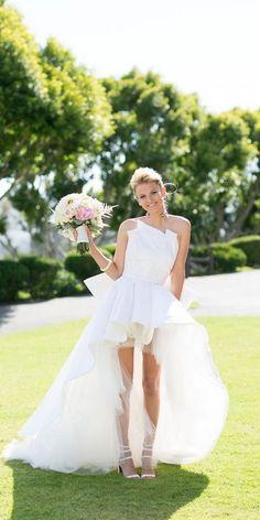 strapless high low wedding dress_cr / http://www.himisspuff.com/high-low-wedding-dresses/2/