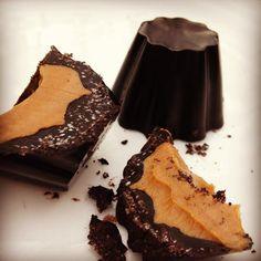 Ingredients      4 Tb refined coconut oil     4 Tb dark chocolate cocoa     3 tsp Truvia     1 tsp vanilla extract     Peanut butter ...